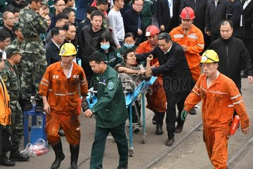 CHINA-SHANDONG-COAL MINE-ROCK BURST-ACCIDENT (CN)