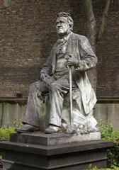 Statue Johann Jacob Noeggerath