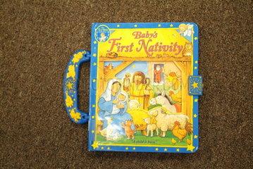 Kleinkinderbibel in einer Buchhandlung fuer christliche Literatur