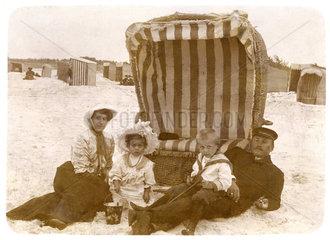 Familienurlaub an der Ostsee  Zingst  1907