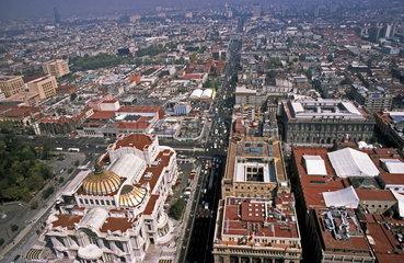 Das historische Zentrum von Mexiko-Stadt.Aufnahme vom Torre Latinoamericana