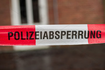 Bad Zwischenahn  Deutschland  Polizeiabsperrung