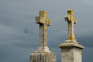 Grabkreuze in der Normandie