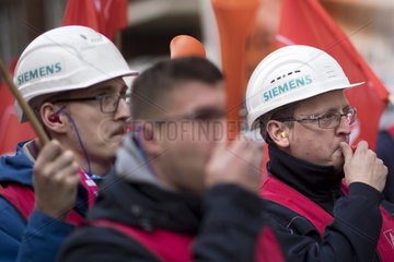 Siemens Workers Protest