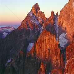 Aiguille Noire de Peuterey  Savoyer Alpen  Italien / Aiguille Noire de Peuterey  Savoyer Alps  Italy