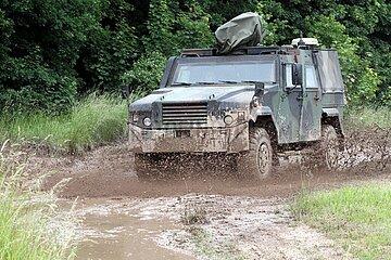 Gepanzertes Bundeswehr-Auto