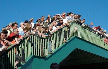 Zuschauer beim Hafengeburtstag