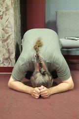Mitglied der Covenant Church in Charlottesville  Virginia beim Gebet
