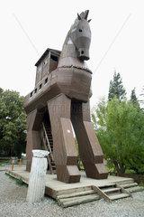 Troja  Nachbildung des Trojanischen Pferdes