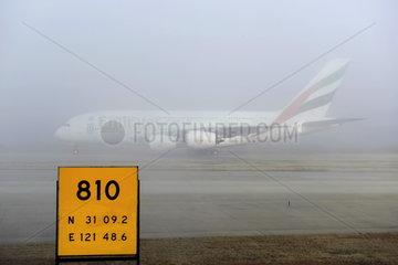 Nebel auf dem Flughafen Pudong  Shanghai