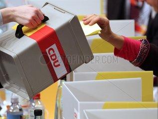 Wahlurne auf CDU-Parteitag