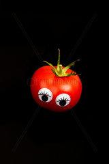 lustige Tomate