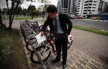 ECUADOR-QUITO-INDUSTRY-BICYCLE-SERIES