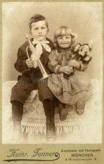 Kinderportrait  Geschwister  1898