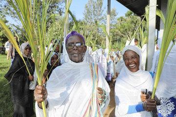 Messe und Prozession am Palmsonntag