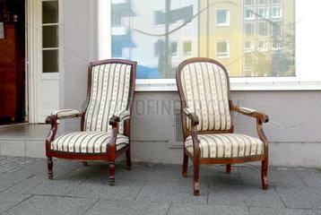 Zwei Biedermeier Sessel