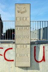 Gedenktafel zur Anerkennung der Oder-Neisse-Grenze durch die DDR 1953