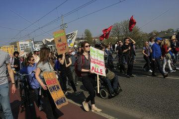 Demonstration fuer bezahlbaren Wohnraum fuer Alle in Berlin