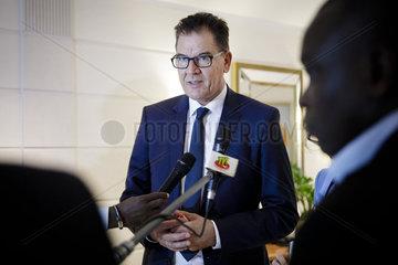 BM Mueller trifft Praesident von Togo