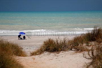 Eighty Mile Beach  Australien  Touristen am Strand