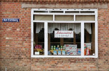 Plau am See  Deutschland  ein kleiner Lebensmittelladen