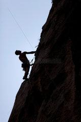 Starigrad  Kroatien  Kletterer im Nationalpark Paklenica