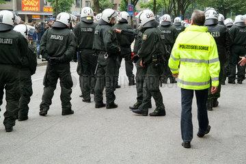 Polizeiseelsorger am Rande des ASEM-Treffens in Hamburg