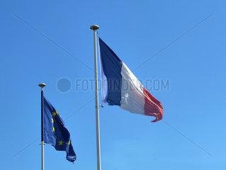 Nationalflagge Frankreich und EU-Flagge