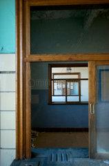 Stillgelegte Frachthalle Montzen Gare