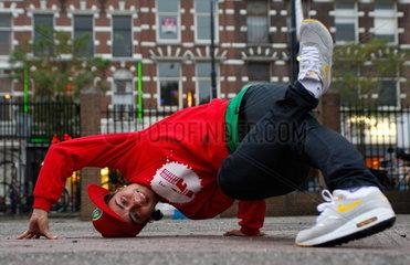 Breakdancerin