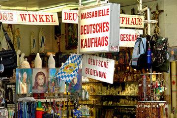 Lourdes: Deutscher Devotionalienhandel