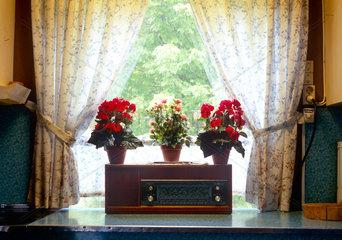 Norwegen  altes Radio in einer Unterkunft