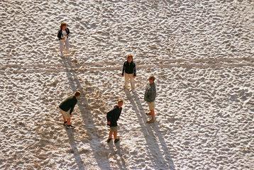 Familie beim Urlaub am Ostseestrand in Leba  Polen