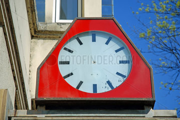 Zeigerlose Uhr
