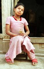 Portrait eines Maedchens in Nepal
