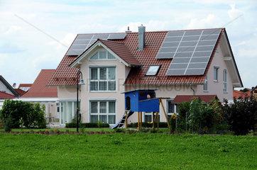 Wohnhaus mit Solardach
