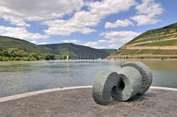 Skulptur Poseidon an der Nahe-Muendung in den Rhein