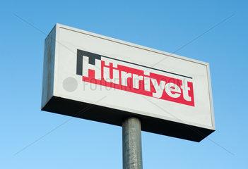 Antalya  Tuerkei  Schriftzug der Zeitung Huerriyet