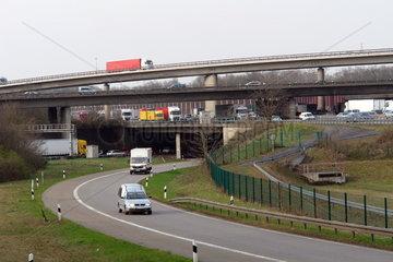 Bruecken und Ueberfuehrungen im Autobahnkreuz Koeln-Ost