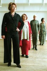 Aeltere Frauen arbeiten als Models  Babelsberg