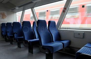 Leerer Triebwagen der DB-Regio