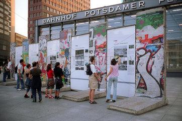 Berlin  Berliner Mauer am Potsdamer Platz