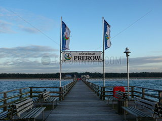 Seebr__cke am Ostseestrand von Prerow