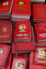 Buecher mit Zitaten des Mao Zedong