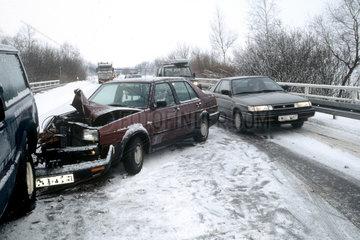 Verkehrsunfall im Schnee