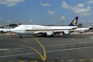 Jumbojet der Singapore Airlines in Frankfurt