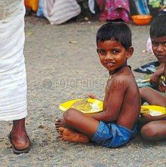 Armenspeisung in Sri Lanka