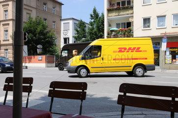 DHL Auslieferungsfahrzeug