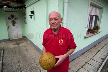 Ungarische Fussball-Legende Jenoe Buzánszky im Alter von 89 Jahren verstorben
