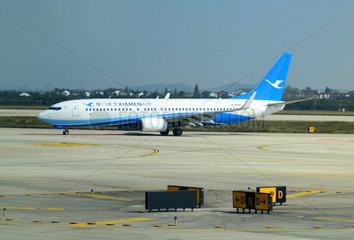 Xiamen Air Boing B737 auf dem Flughafen Nanjing Lukou